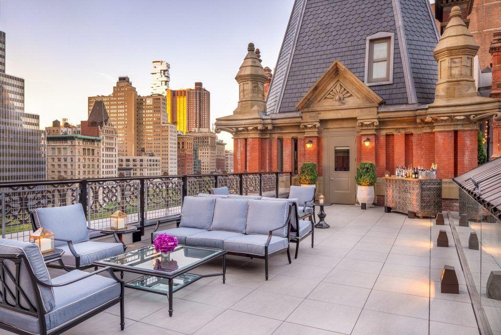 Spotlight The Beekman Hotel In New York City In 2020 Nyc Hotel Rooms Luxury Hotel Room Nyc Hotels
