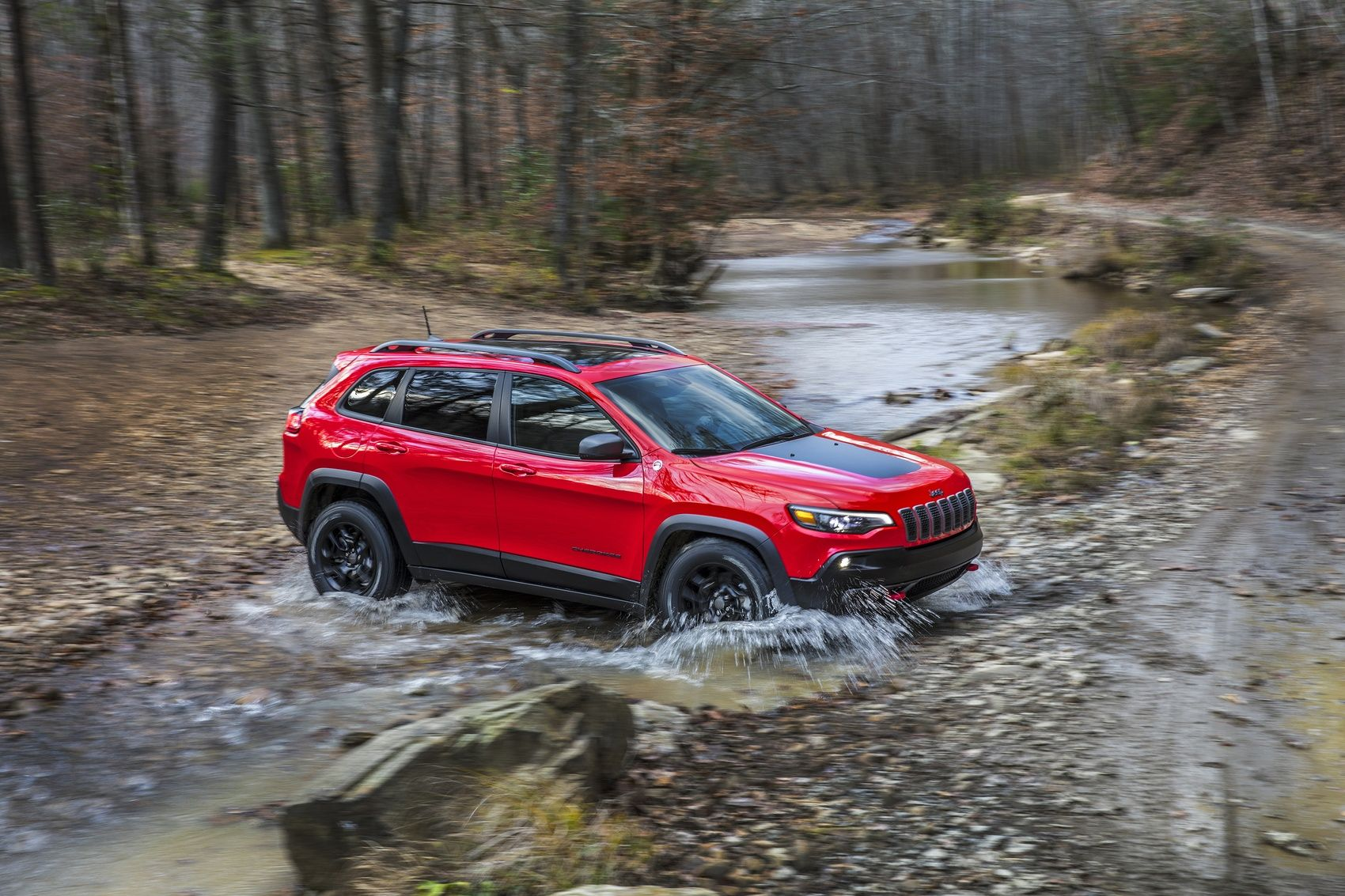 2019 Jeep Cherokee Trailhawk Review Pavement Not Required Jeep Cherokee Trailhawk Jeep Cherokee New Jeep Cherokee