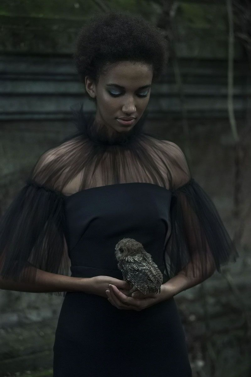 Photographer: Stephan Kotas Stylist: Candice Lewin... - Dark Beauty