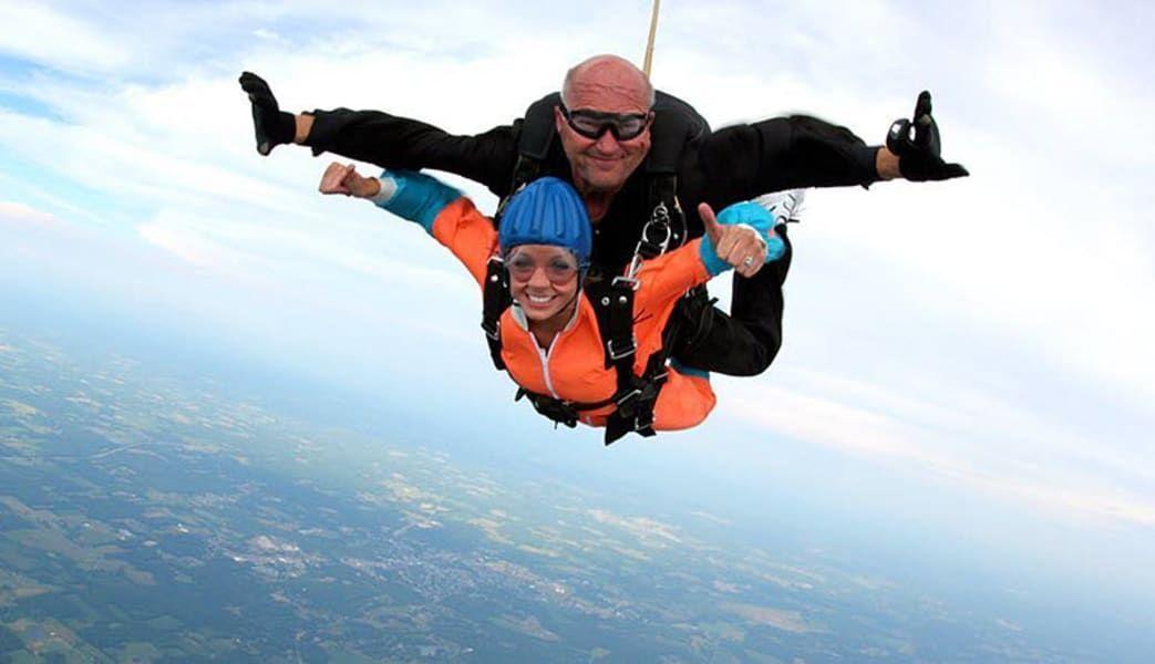 Buy Cheap Skydiving In Pa 13000 Foot Skydive Adventures Travel Gift Buy Cheap Skydiving In Pa 13000 Foot Skydive In 2020 Skydiving Adventure Travel Gifts Tandem