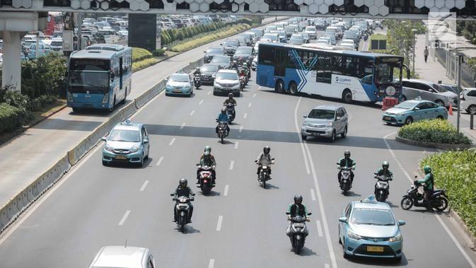 Dishub Pastikan Penerapan Ganjil Genap Untuk Sepeda Motor Masih Dikaji Motor Sepeda Motor Transportasi Umum