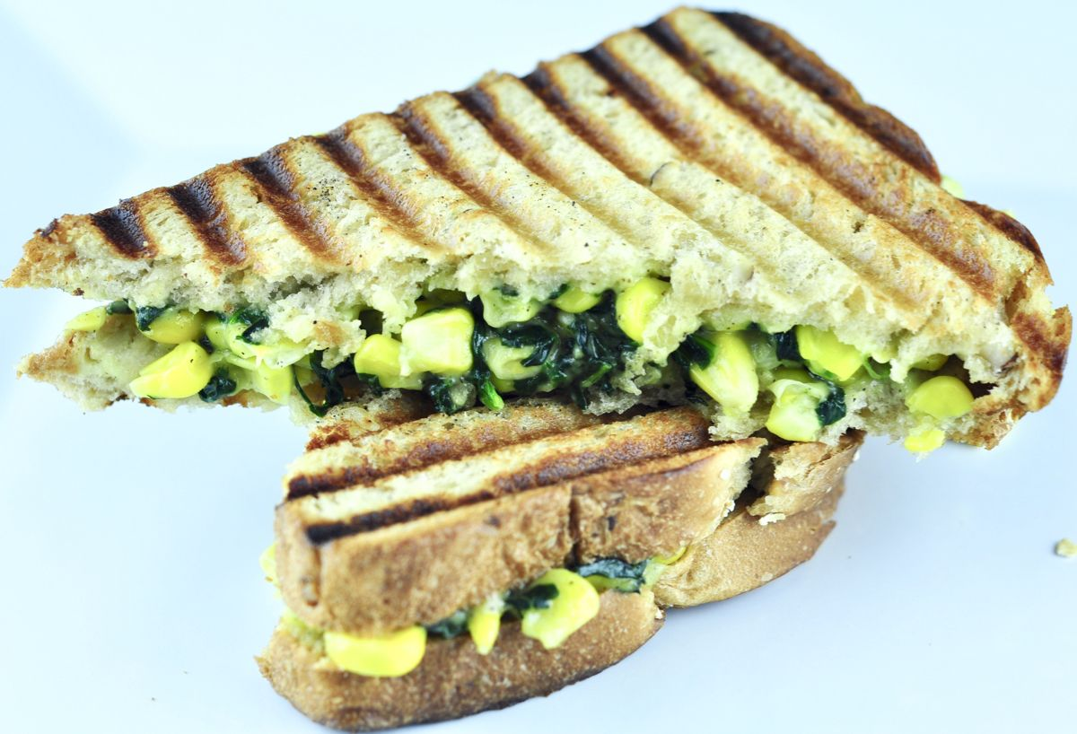 Spinach Corn Sandwich images