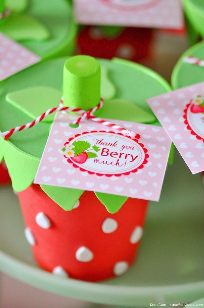 Berry Sweet Strawberry Valentine's Day Party - Bezpłatne materiały do wydruku! | Pomysły na imprezę Kary,  #* #Berry #Bezpłatne #Day #imprezę #Kary #materiały #Party #Pomysły #Strawberry #Sweet #Valentines #wydruku