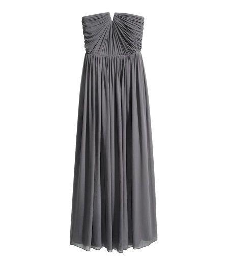 Sieh\'s dir an! Langes Kleid aus gekrepptem Chiffon mit abnehmbaren ...