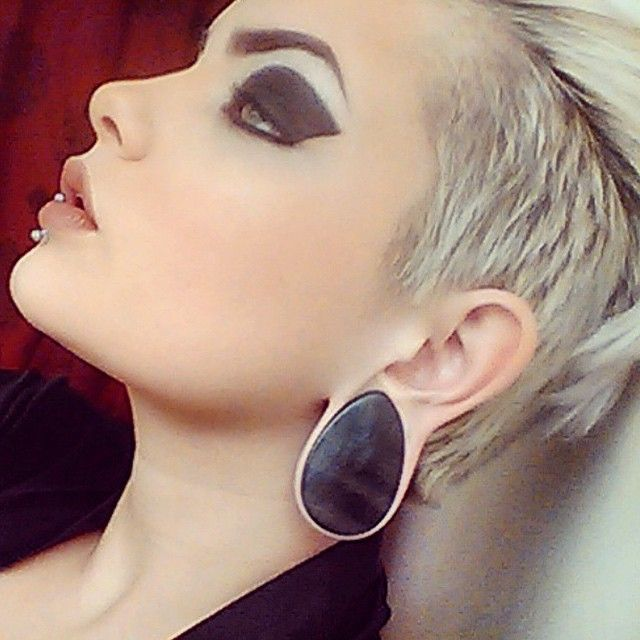 Pin Is For The Gorgeous Ear Plugs But Her Eye Makeup Is