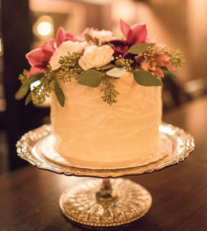 Glamorous Prohibition-Themed Wedding | Photographed by Erinn J. Hale Photography |  seattlebridemag.com