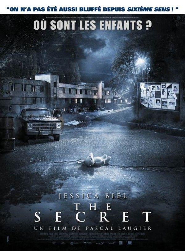 The Secret Affiche Et Bande Annonce Du Film De Pascal Laugier Critique Film Film Critique Film Affiche Cinema