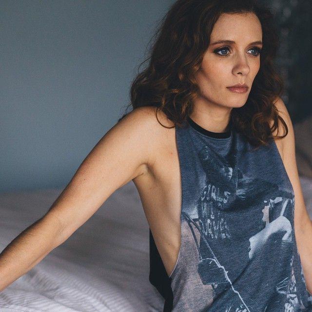 Lara Jean Chorostecki Nude Photos 27
