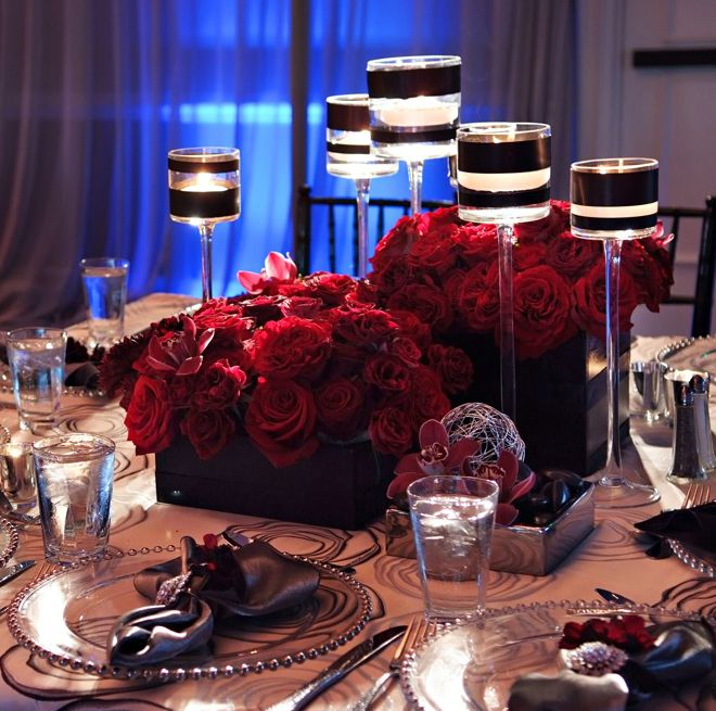 16 Stunning Floating Wedding Centerpiece Ideas: 25 Stunning Wedding Centerpieces - Part 10