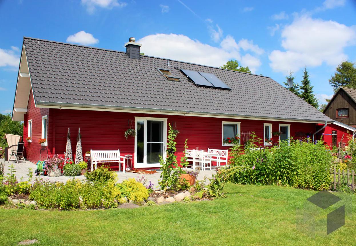Gunstiges Holzhaus Bungalow In 2020 Schwedenhaus Schwedenhaus Bauen Haus