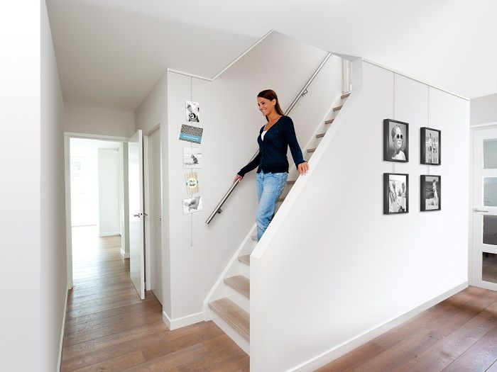 Cimaise Pour Couloir Et Escalier Cimaises Tableaux