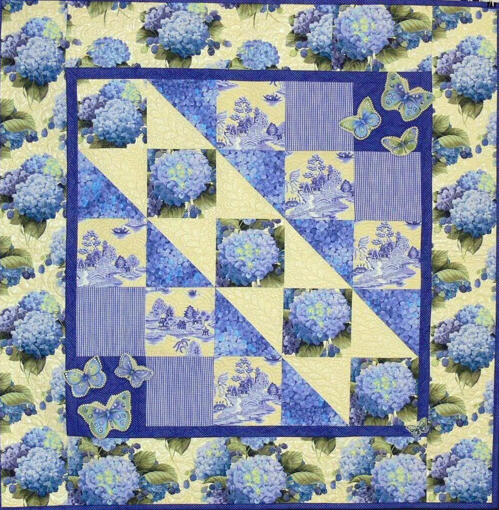 Hydrangea Quilt | Nantucket Cottage Bedroom | Pinterest ... : hydrangea quilt fabric - Adamdwight.com