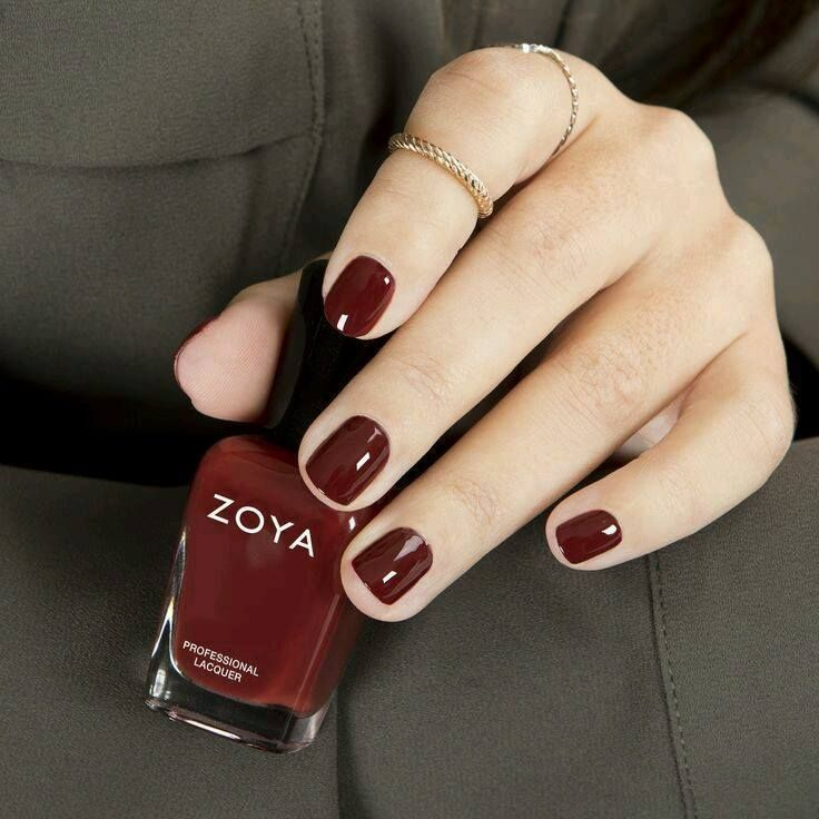 Desent & Plain nail polish which is suited on womens .   Manicures ...