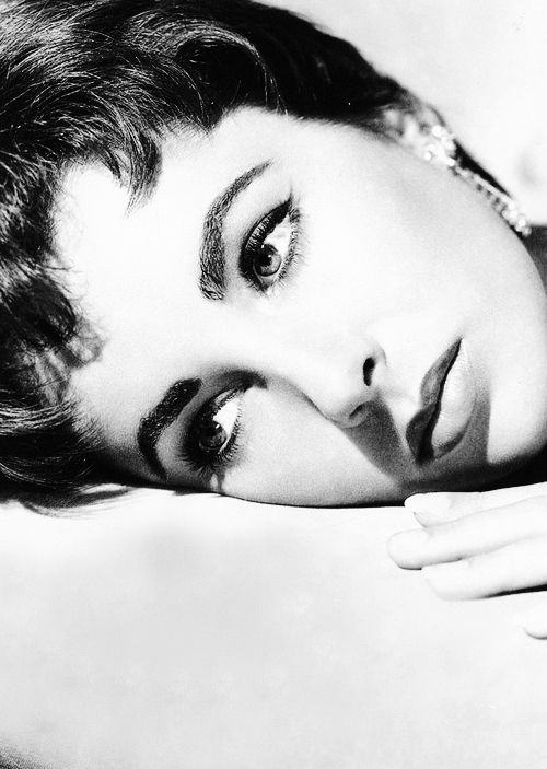 Elizabeth Taylor c. 1954