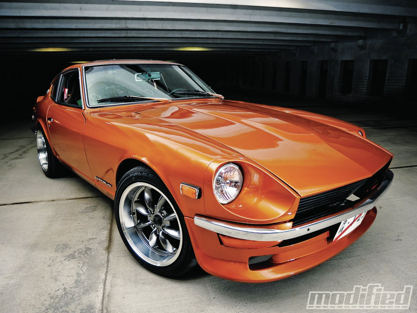 Datsun 240z sooo exy gotta have an l28 though i dont think id be able to have a 4 speed haha dream cars pinterest datsun 240z cars and headlight