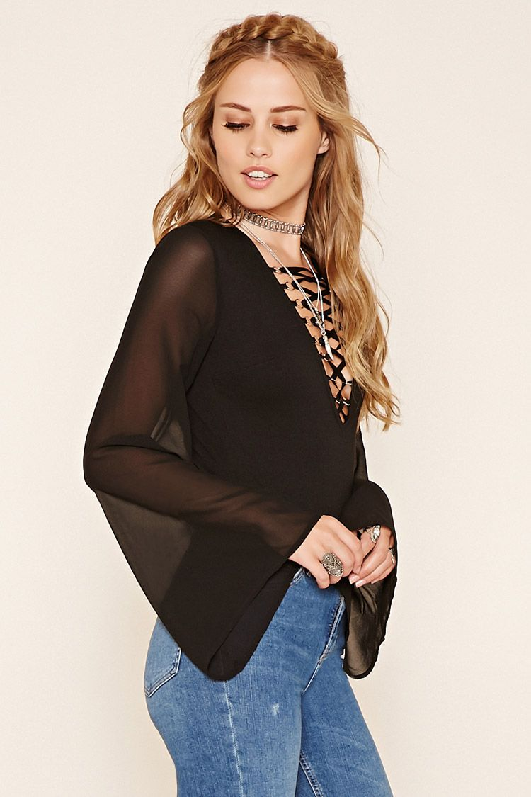Lace bodysuit and jeans  LaceUp Bodysuit  Want List  Pinterest  Bodysuit Verano and Fashion