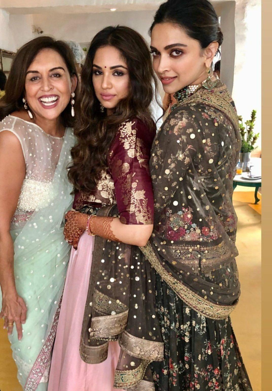 Pin by Empty Star on Queen Deepika Padukone | Desi wedding ...