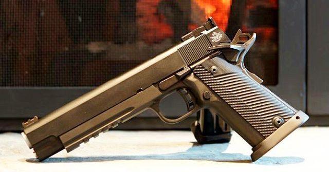 Pin by RAE Industries on AR-10 | Hand guns, Guns, Guns, ammo