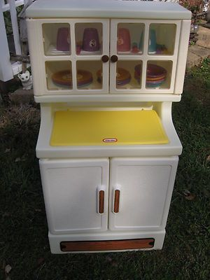 Vintage Little Tikes Kitchen Cabinet Cupboard W Dishes Cupboard