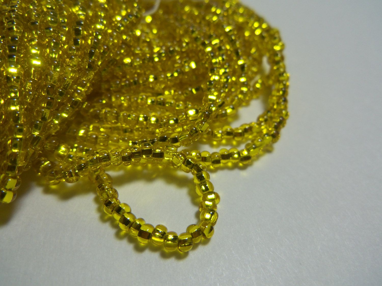 Czech Glass Seed Beads Size 10//0 Yellow Silver Lined