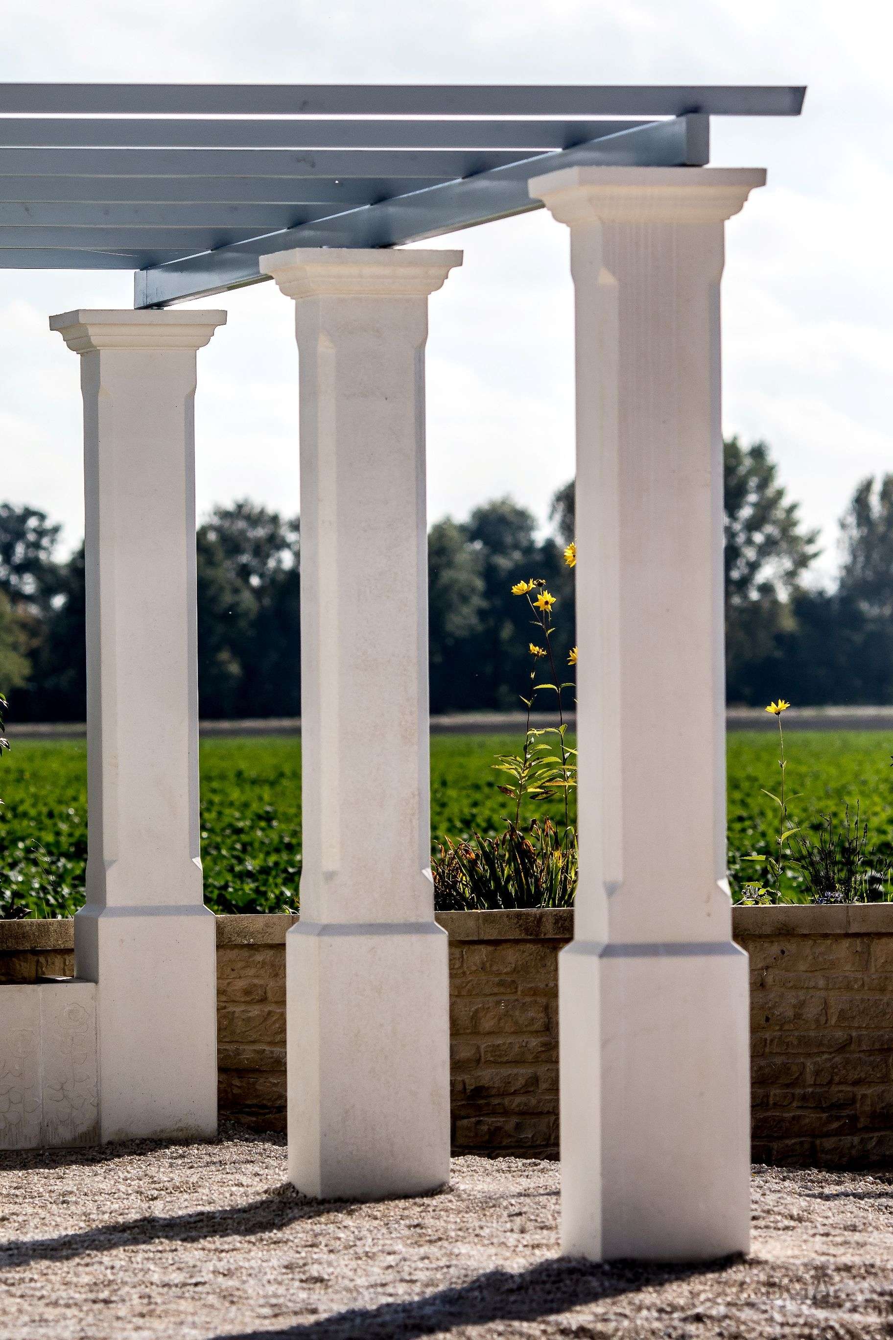 pilier de terrasse monobloc en beton