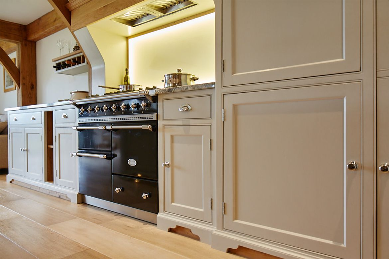 Black Lacanche Range Cooker In 2020 Bespoke Kitchens Bespoke Kitchen Cabinets Kitchen Projects