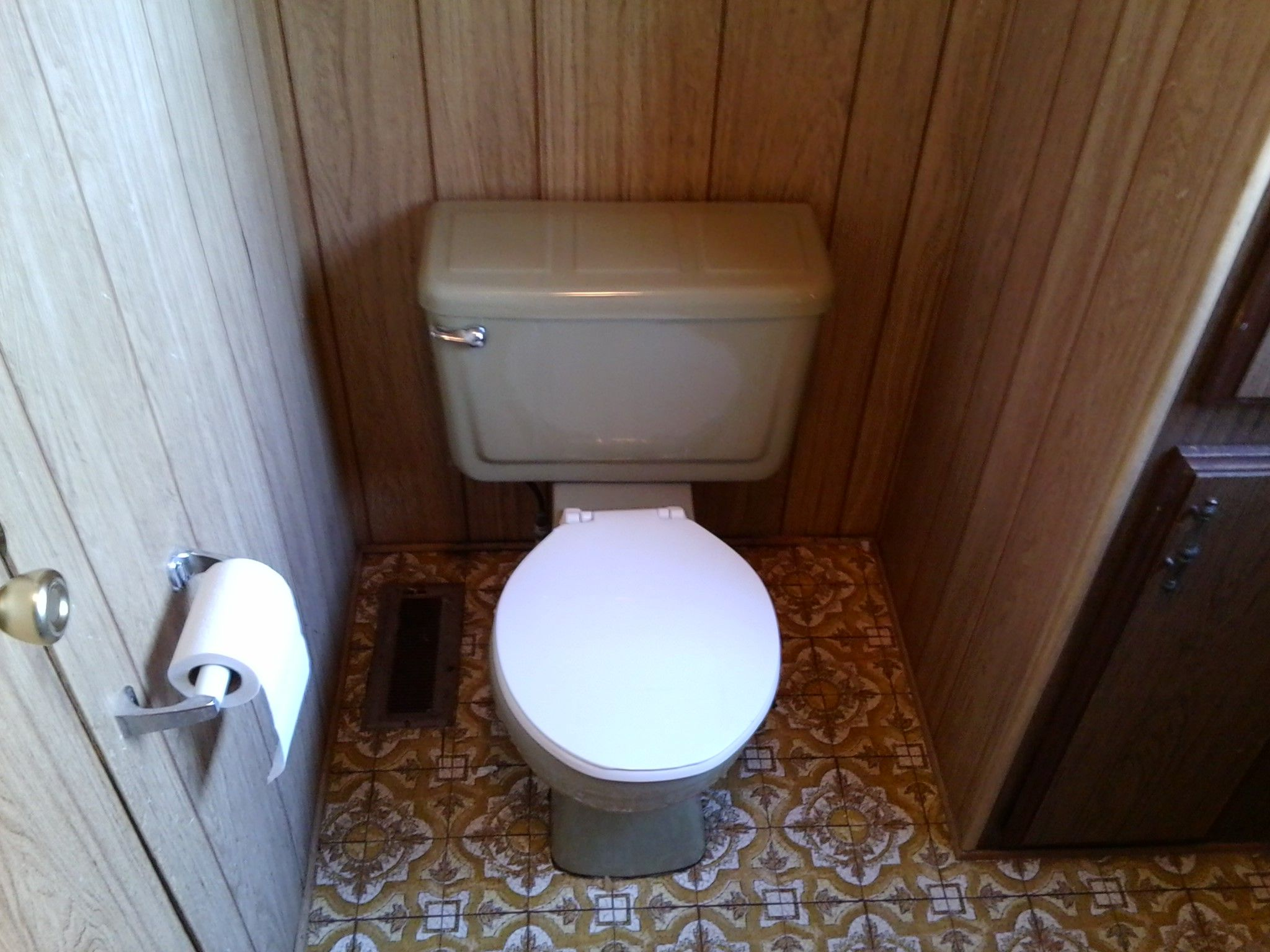 Remodeling a small bathroom in an old mobile home ...