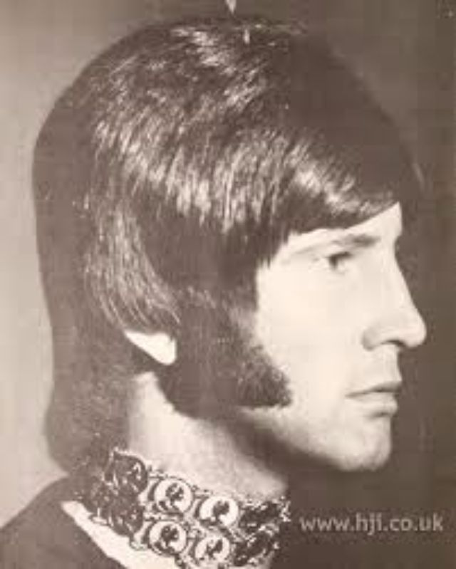 Vintage Everyday 1970s The Most Romantic Period Of Men S Hairstyles Mens Hairstyles Hairstyle Gallery Long Hair Styles Men