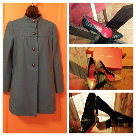 Lovely Teal Banana Republic Jacket/Coat Beautiful teal Banana Republic jacket.  Brushed nickel buttons. Jacket has pockets. Fully lined.  Worn once.  No stains, pulls or odors. Too cute! Banana Republic Jackets & Coats