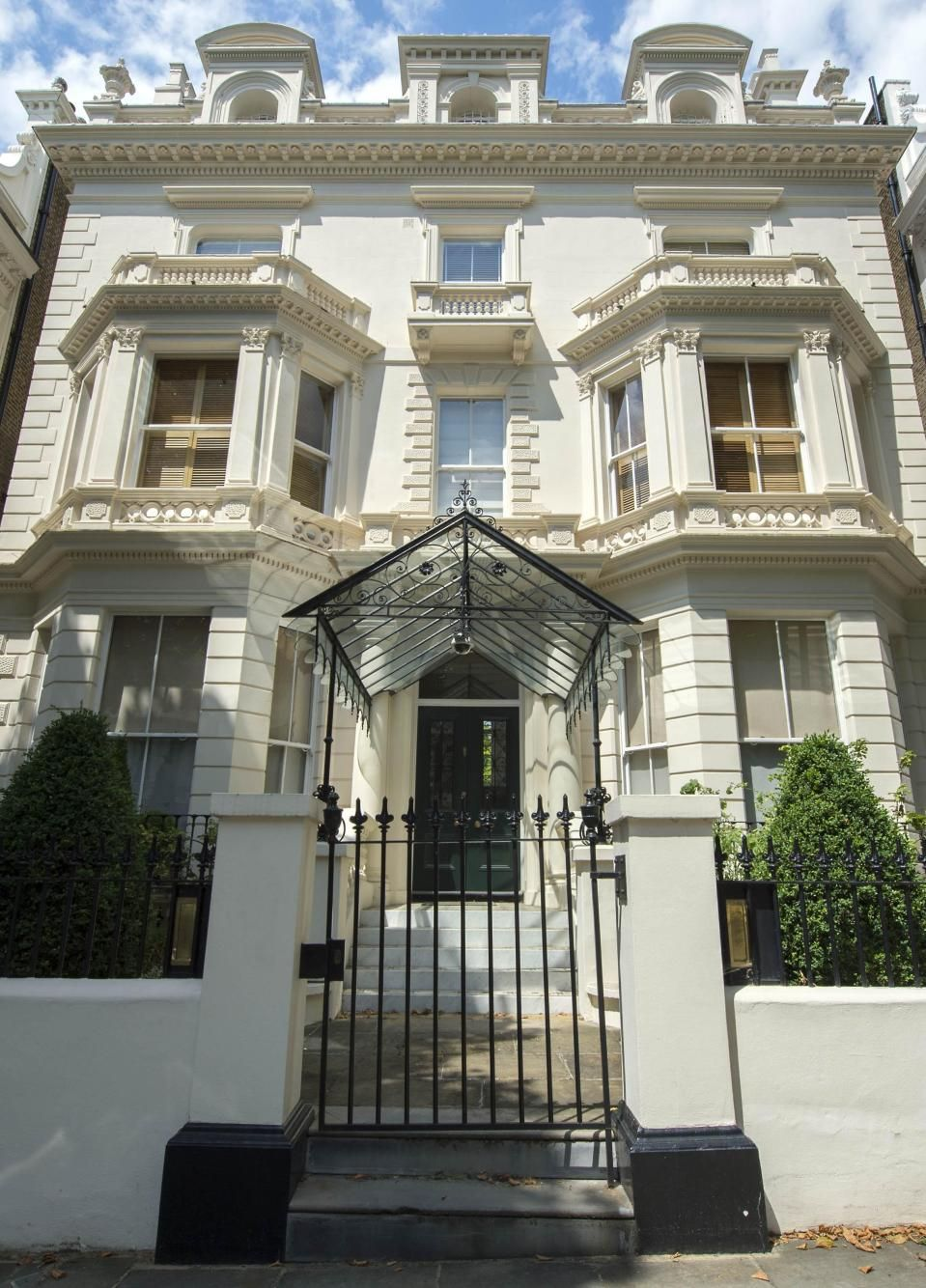 Celebrities & Their London Houses in 2020 London house