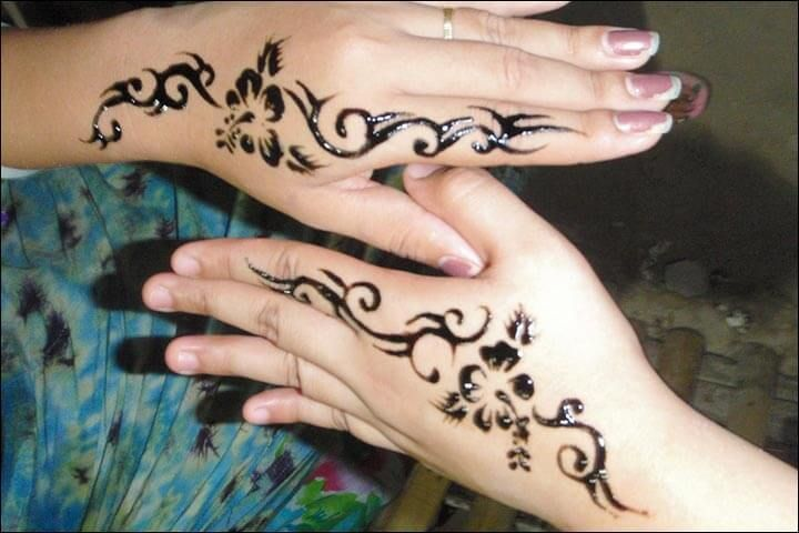 Motif Henna Tangan Sederhana Tato Tangan Wanita Bertato Desain Tato
