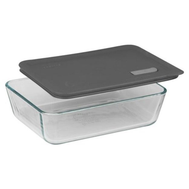 I M Learning All About Pyrex No Leak Lids Rectangular Storage Baking Dish With Six Cup Capacity A Pyrex Glassware Baked Dishes Clear Plastic Storage Containers