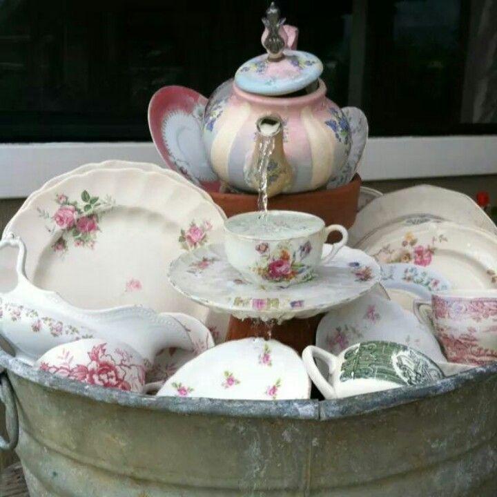 Tea pot fountain