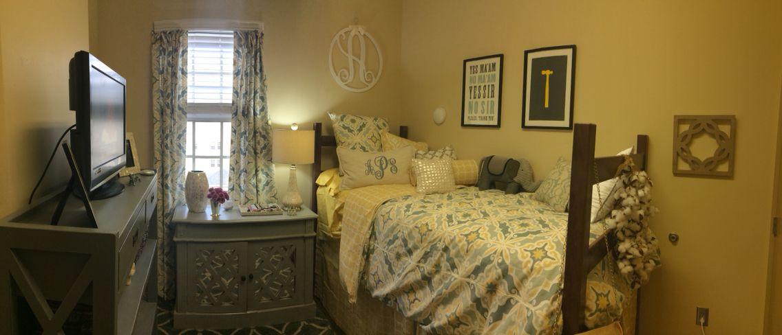 My Freshman Dorm Room At University Of Alabama Cool Dorm Rooms