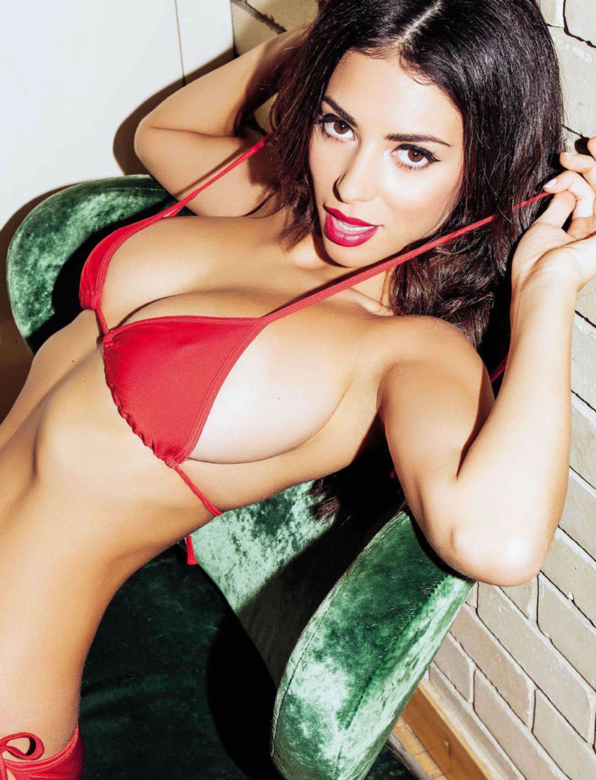Busty fhm in woman