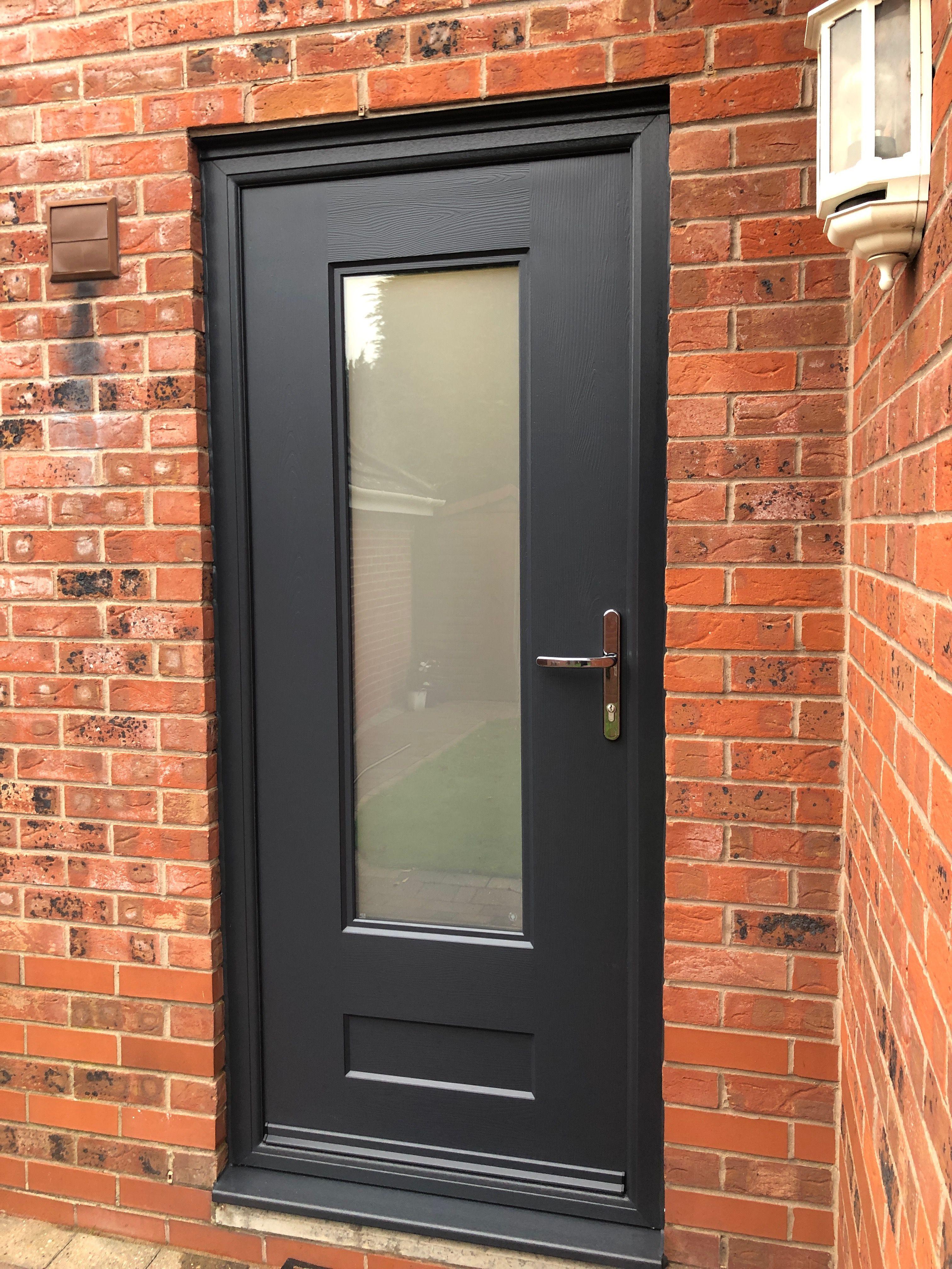 Rockdoor Vogue With Sandstone Glass In Anthracite Grey Fitted In Derby Rockdoor Verysecuredoo Modern Exterior Doors External Glass Doors Composite Front Door