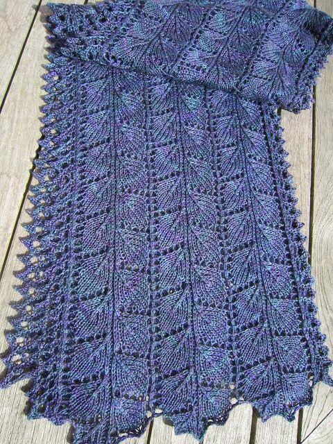 Autumn Longshadows By Snoopydogknits Knit Lace Knitting