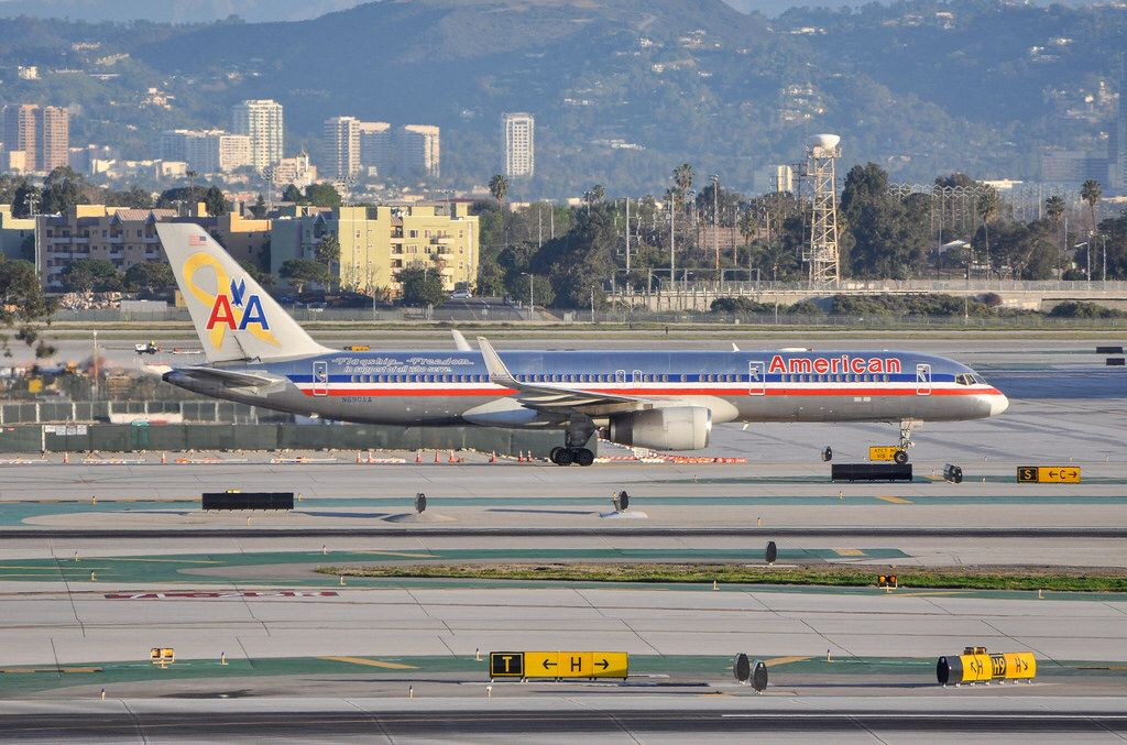 """American Airlines 757 """"Flagship Freedom"""" at LAX on"""