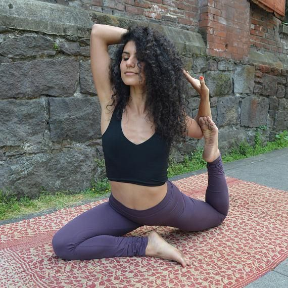 d01a98edd3 These full length leggings are made from a super soft organic cotton-lycra  blend.