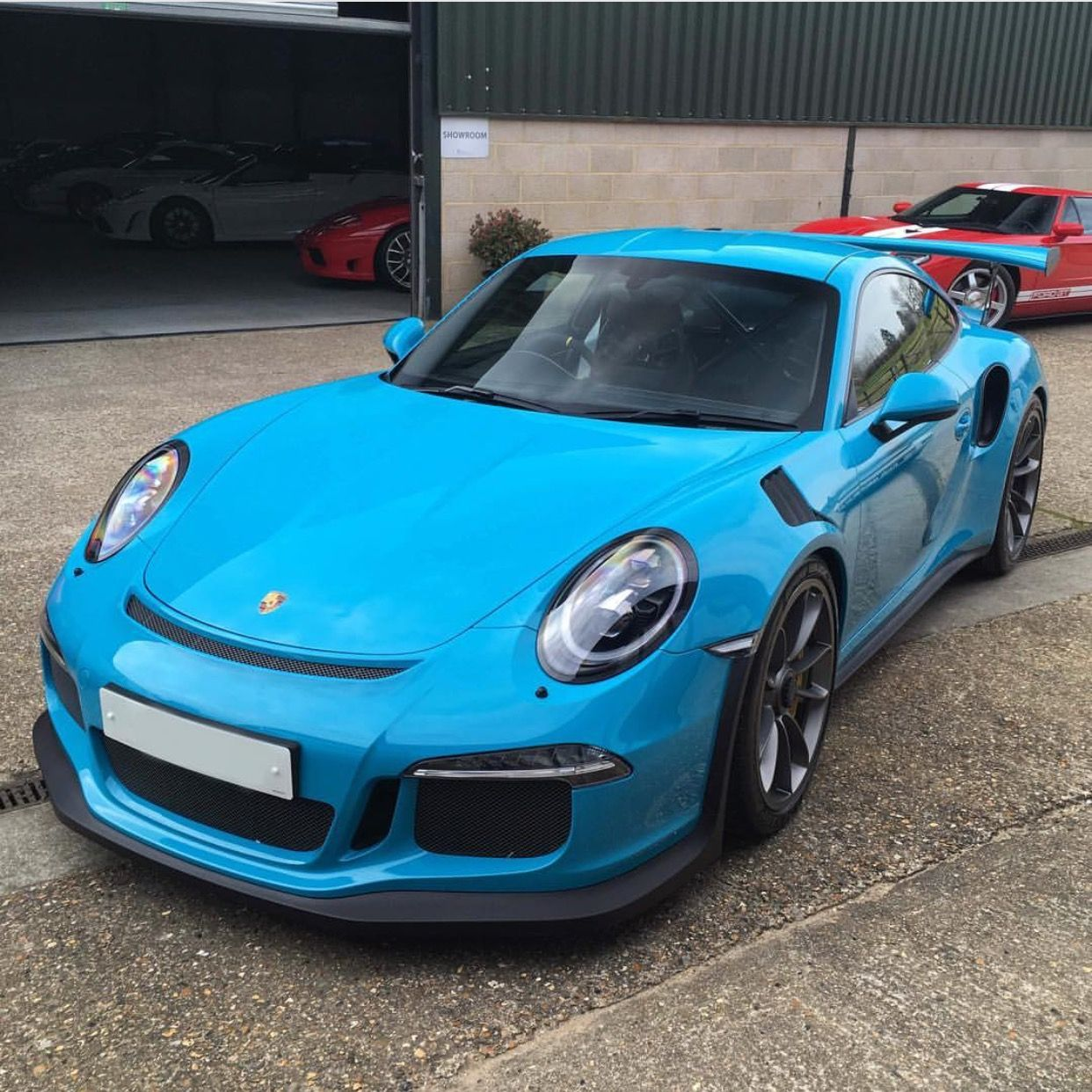 Luxury Cars Porsche Cars Black Porsche: Porsche 991 GT3 RS Painted In Paint To Sample Miami Blue