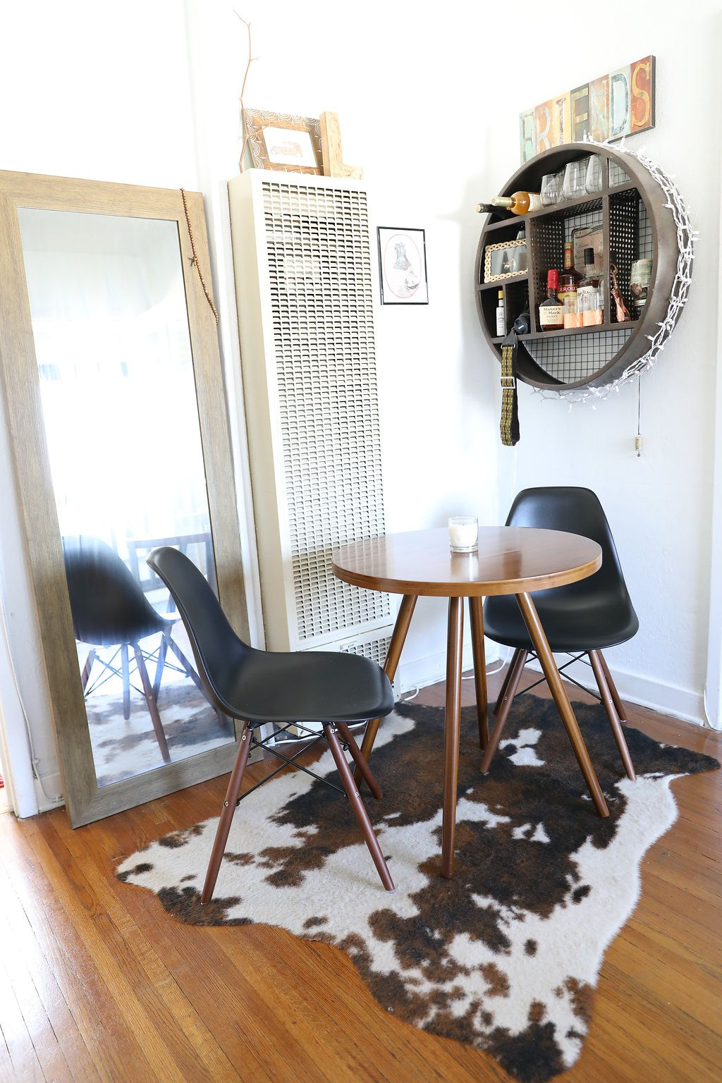 A Tiny 375 Square Foot Apartment Masters Minimalism House Call