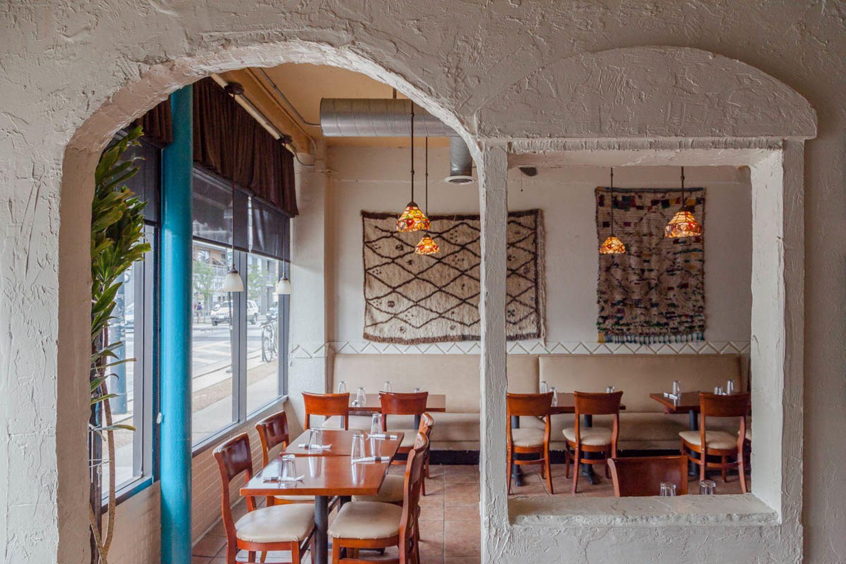 On the Grid :: Semiramis Lebanese Cuisine, Albany Park, Chicago