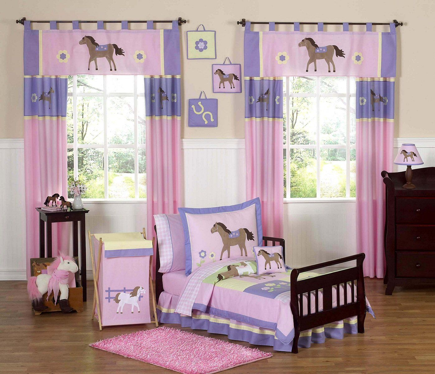 Purple Color Theme | And Little Girls Bedroom : Cute Horse Theme In Pink  And Purple