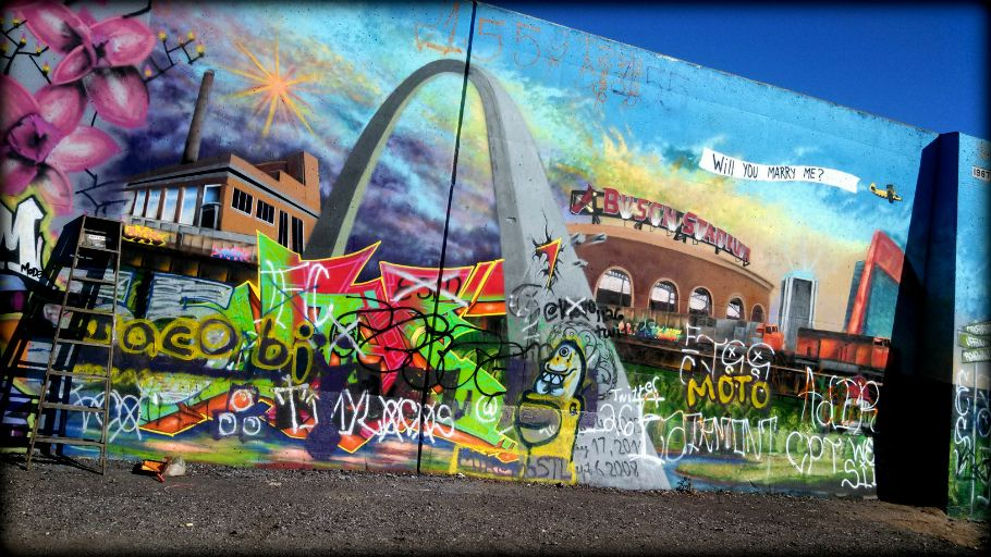 Awesome Graffiti In Downtown Stl From Nextstl Com Thomas