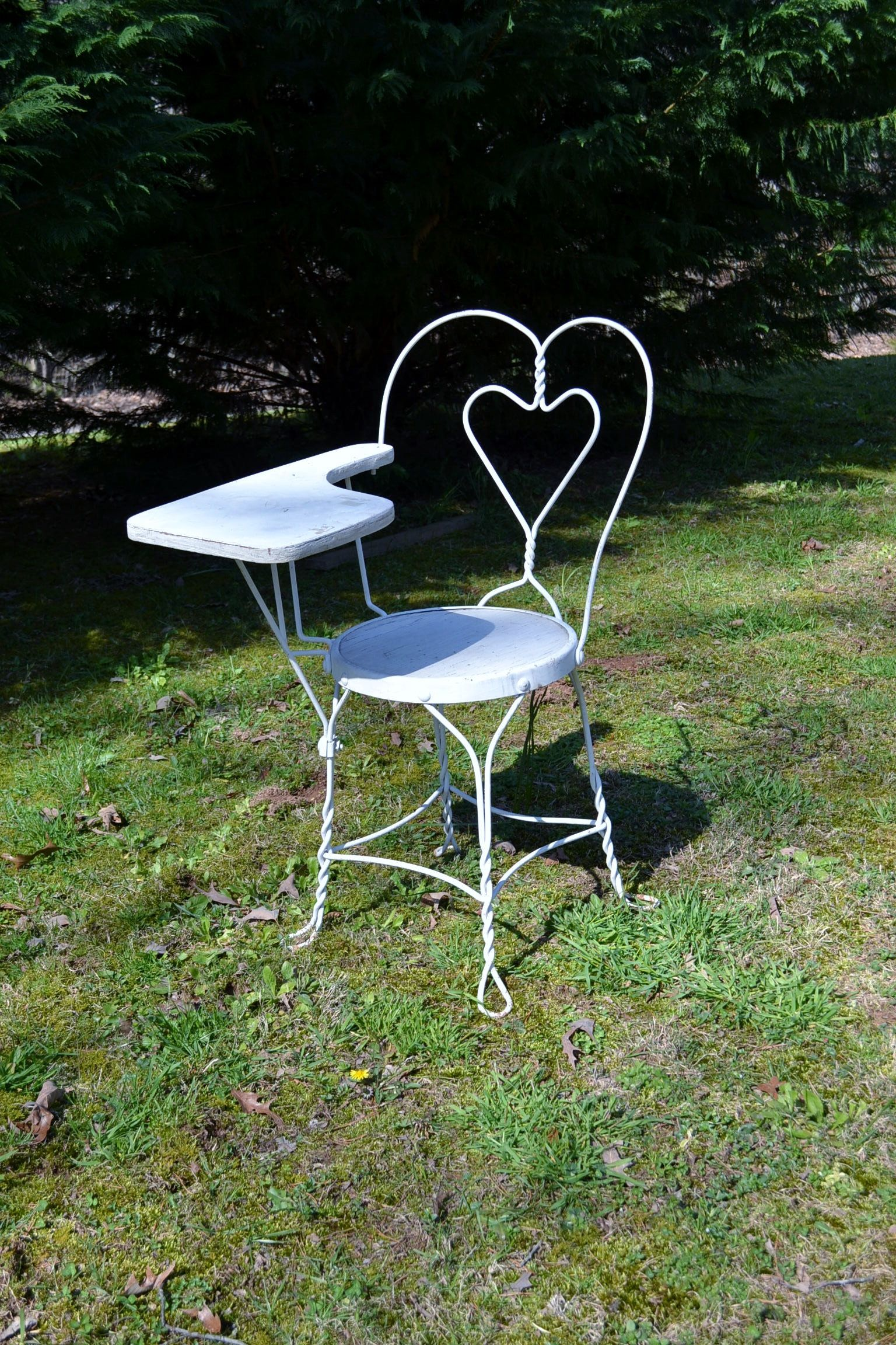 vintage ice cream parlor desk chair wrought iron twisted metal white rh pinterest com