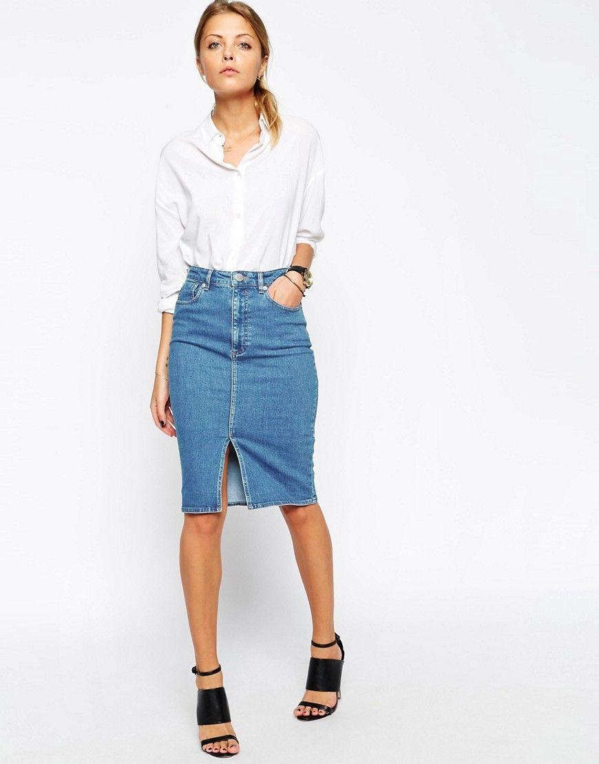 389d1d288b7b Image 1 - ASOS - Jupe fourreau mi-longue en jean avec fente sur le devant -  Bleu délavé moyen 43€