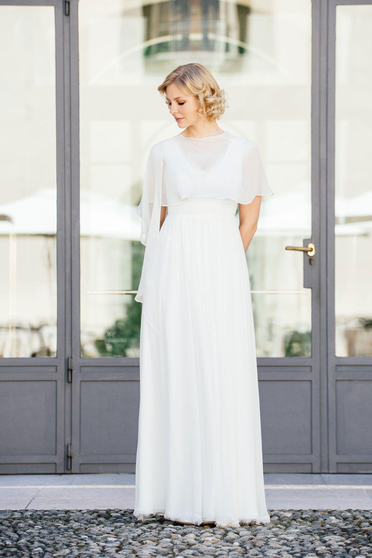 Brautkleid Seide mit mit Seidenstola | Hochzeit | Pinterest | Seide ...