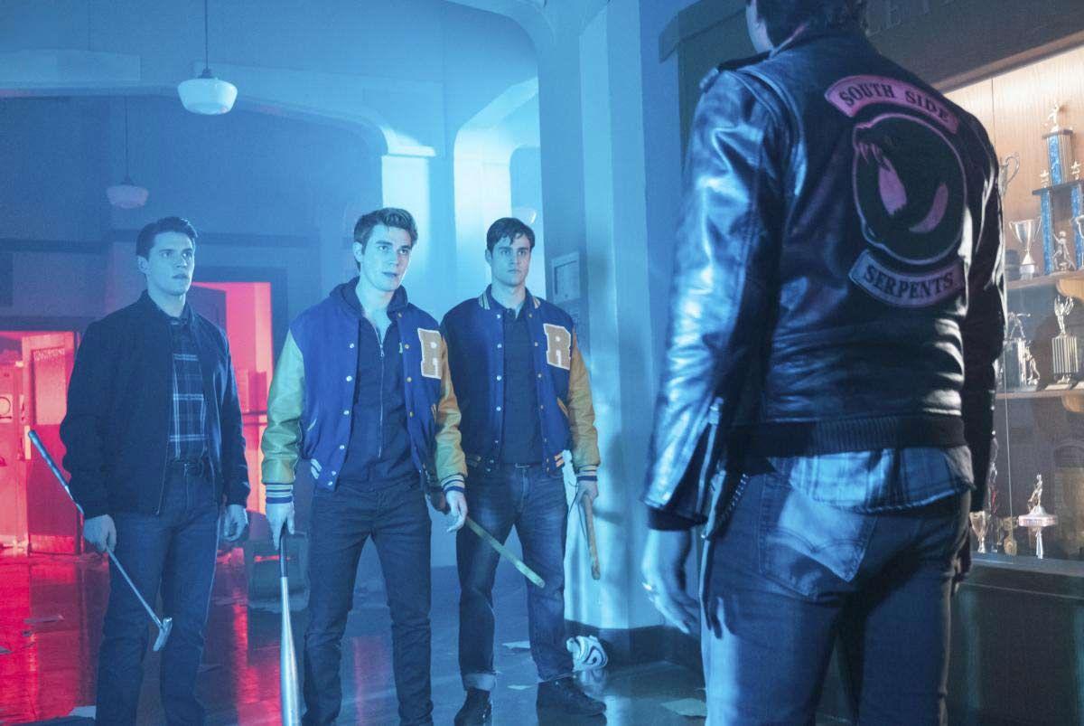Pin De Milagros En Riverdale Temporada 2 Fotos Detalladas Riverdale