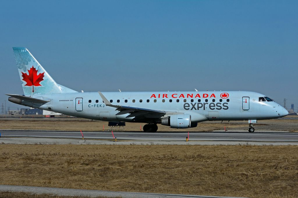 Air Canada express Embraer E175 C FEKJ operated by Sky