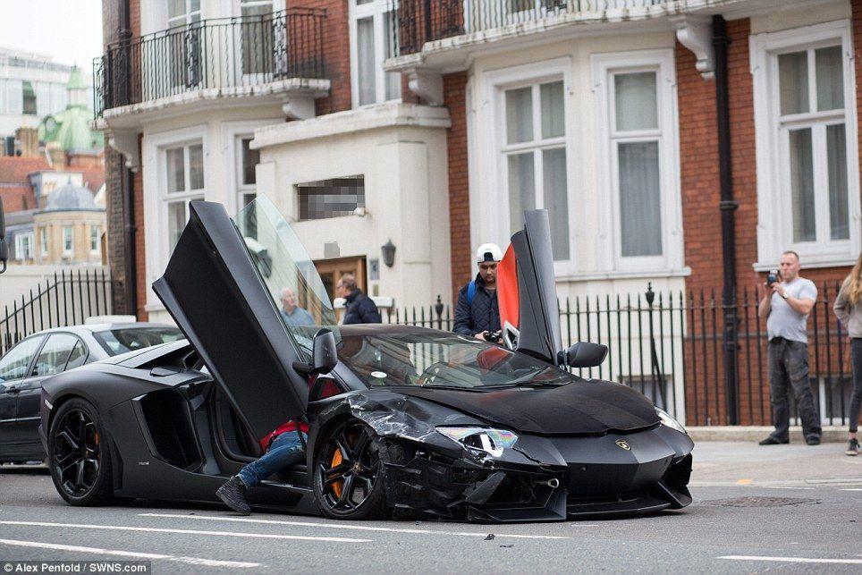Lamborghini Aventador Wracked By Fire Pic.3   Image Gallery | Lamborghini  Aventador And Lamborghini